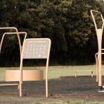 Udendoers fitnessredskab til traening i det fri traeningspark