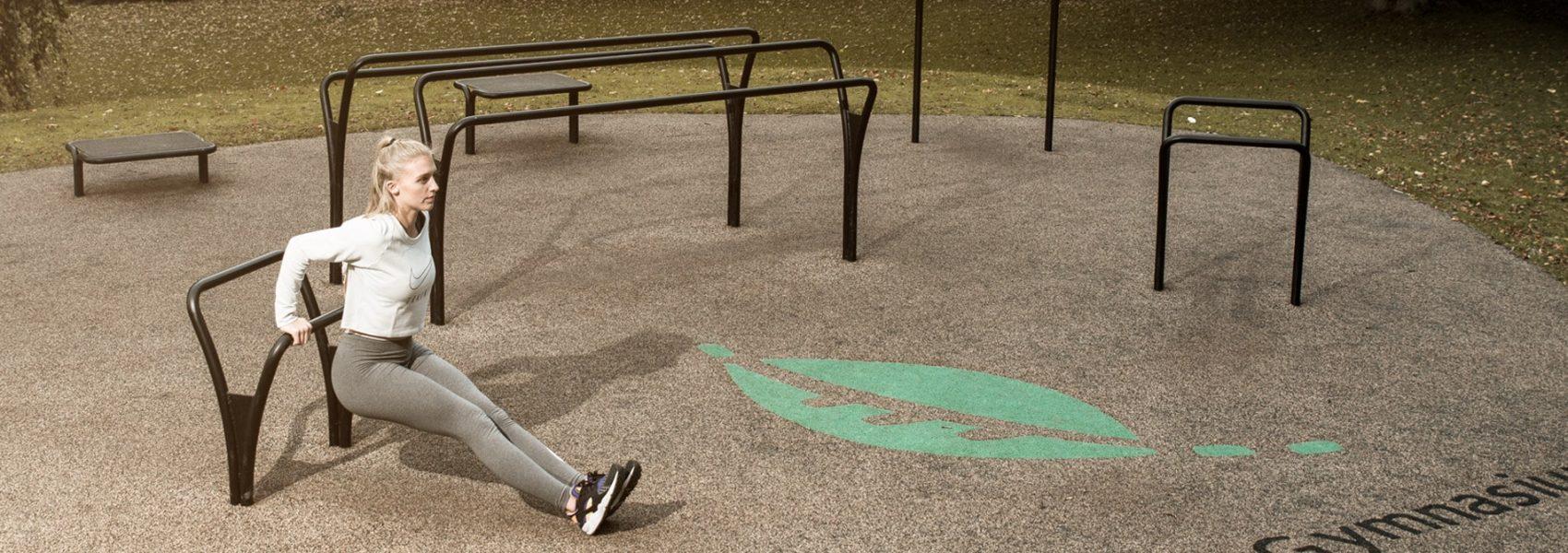 Udendoers fitnesspark til traening og motion